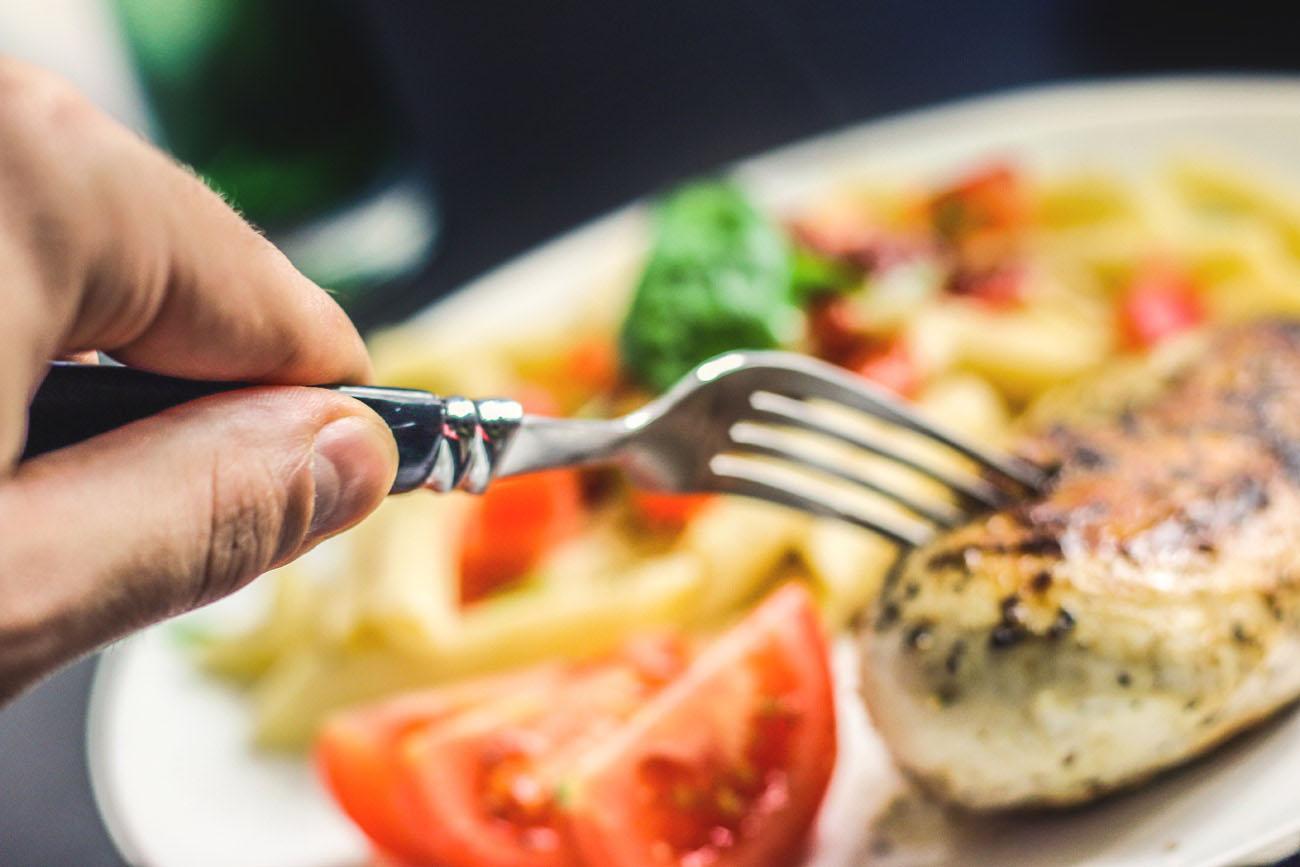 Cuándo y qué comer para estar sanos