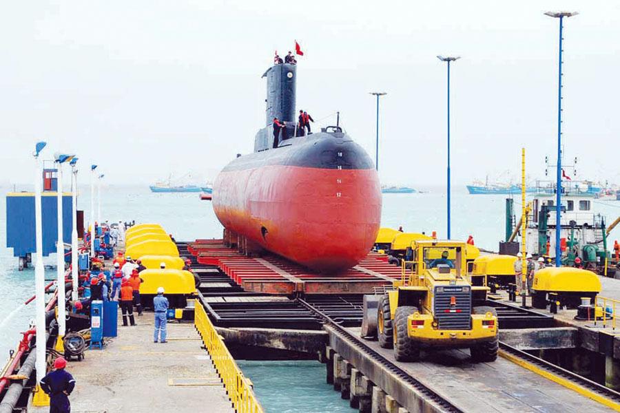 FORAN está enfocado principalmente al diseño de buques militares de superficie y submarinos, donde permite realizar un control de configuración, analizar alternativas de diseño (prototipos), etc.
