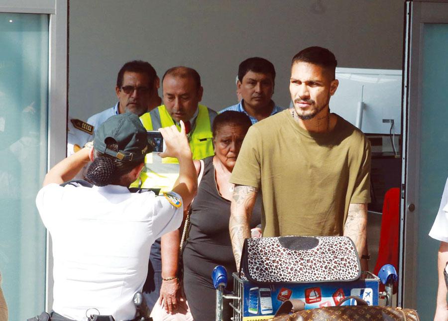 Paolo Guerrero llega
