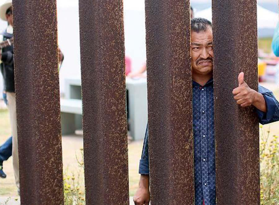 Chile expulsa a peruanos y bolivianos