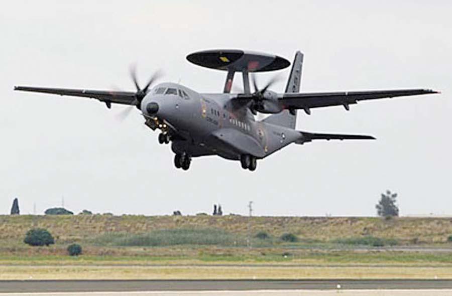 La FAP prepara la compra de aviones de Guerra Electrónica y Control del Espacio Aéreo AEW&C y una red en tierra de radares de vigilancia.
