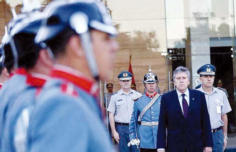 Ministro de Defensa de Chile, Alberto Espina