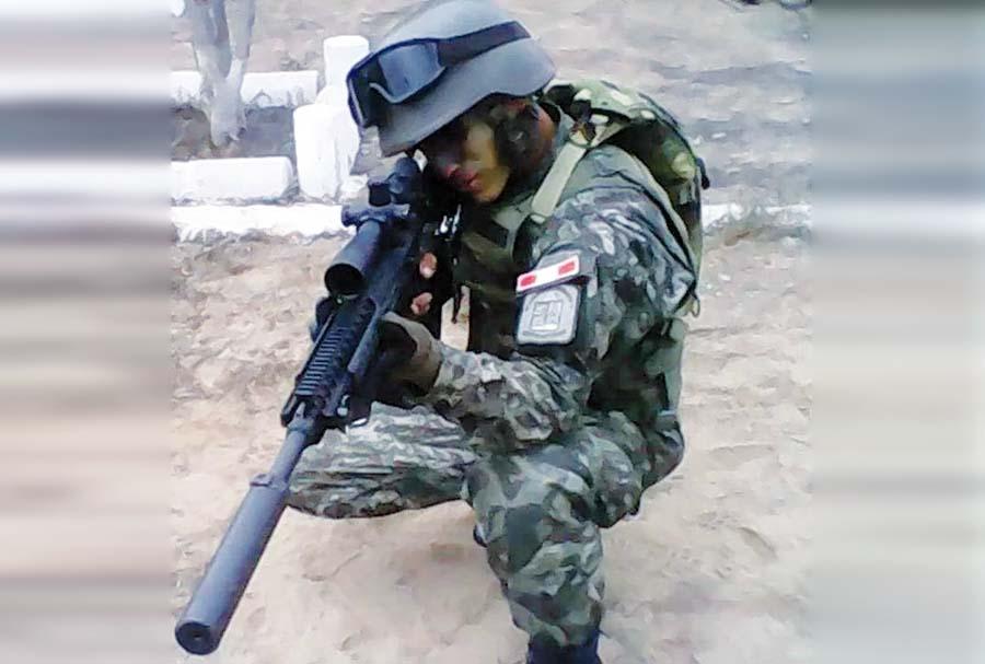 fusiles de asalto marca Perú