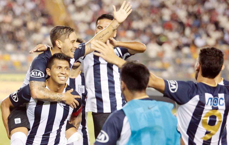 Alianza Lima ganó 3-1 a San Martín
