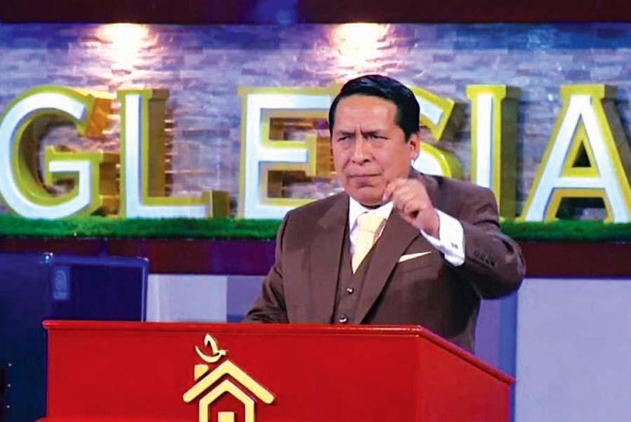 Pastor Alberto Santana, líder y fundador de la iglesia evangélica El Aposento Alto