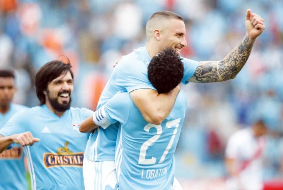 Sporting Cristal venció por 4-a Deportivo Municipal