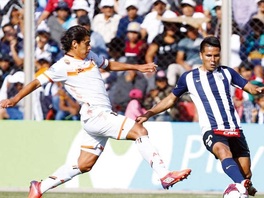 Alianza Lima venció 2-1 a Ayacucho