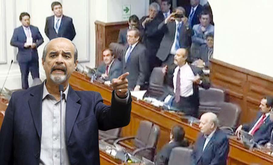 Chongazo en el Congreso