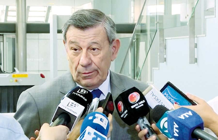 Rodolfo Nin Novoa, canciller de Uruguay