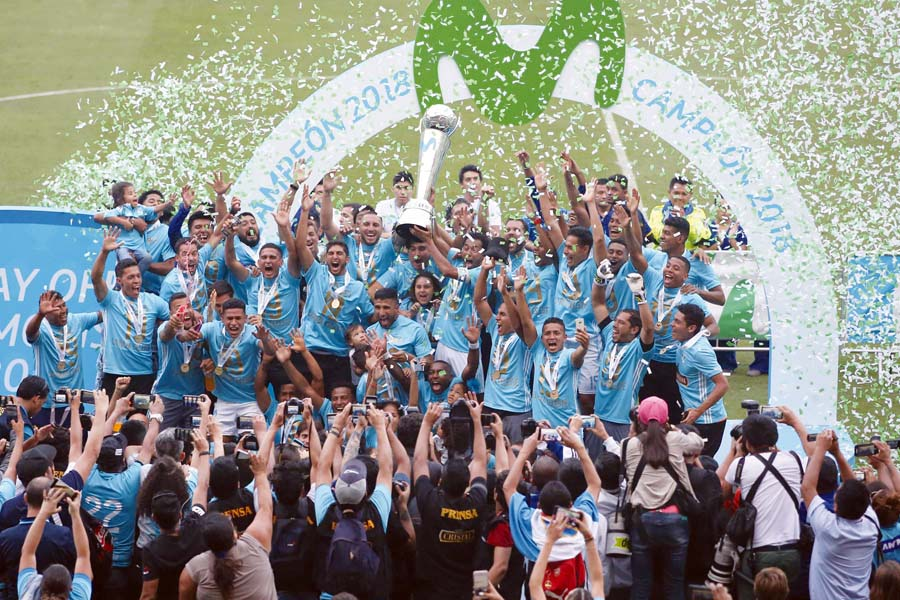 Sporting Cristal campeon