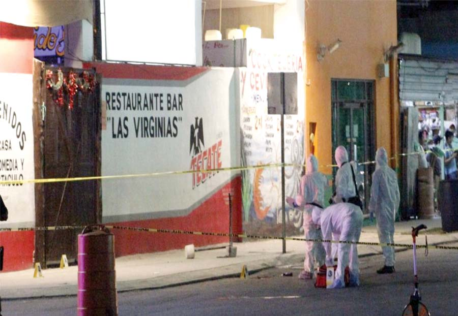 7 muertos en un bar de playa mexicana