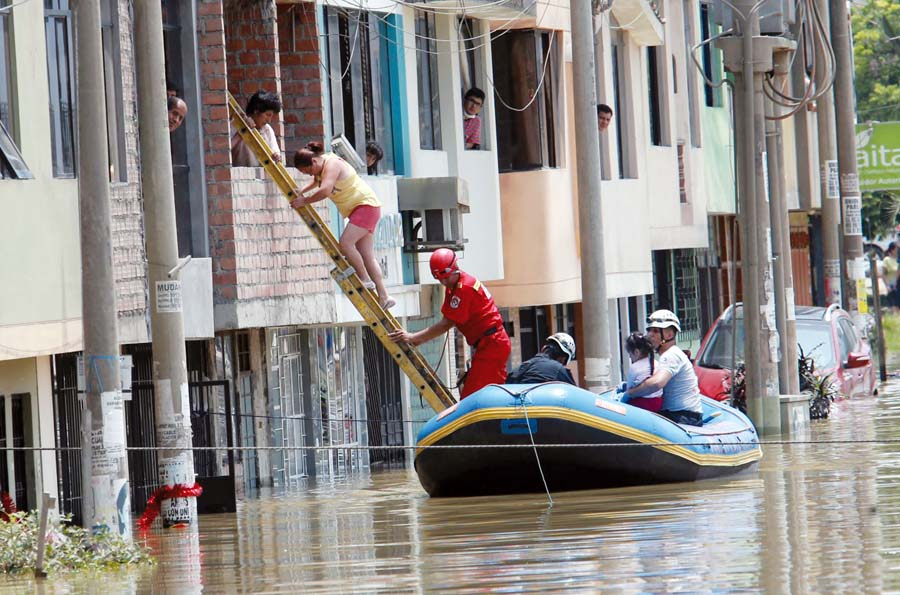Inundación en San Juan de Lurigancho