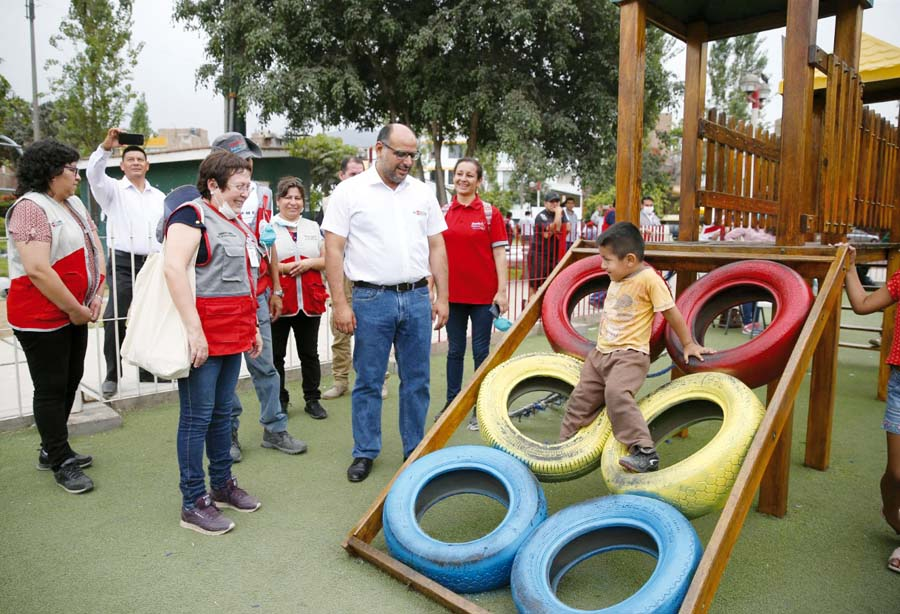 Niños afectados por emergencia en SJL reciben apoyo socioemocional