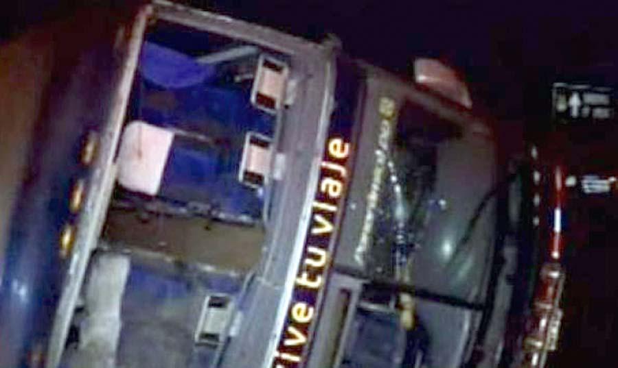 30 heridos deja volcadura de bus en la Panamericana Norte