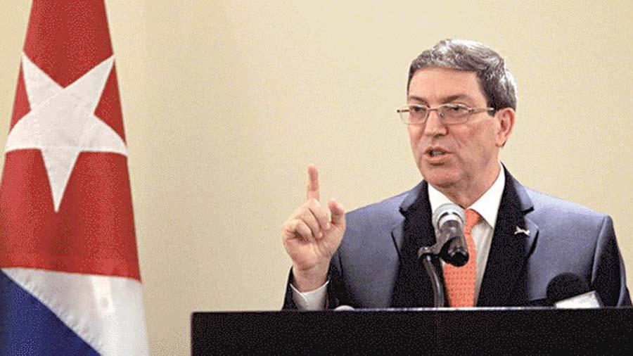 Cuba denuncia que EEUU alista intervención militar a Venezuela