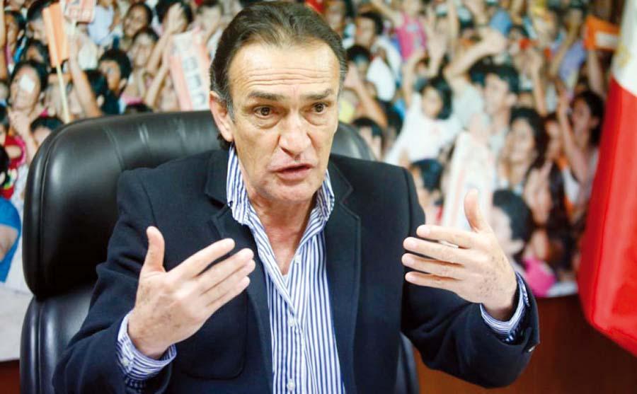 Héctor Becerril