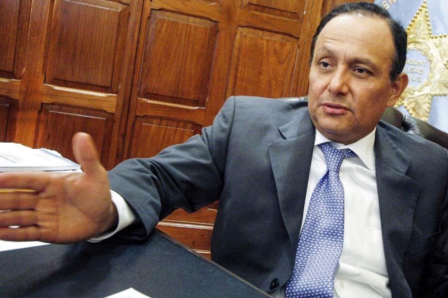 Defensor del Pueblo, Walter Gutiérrez