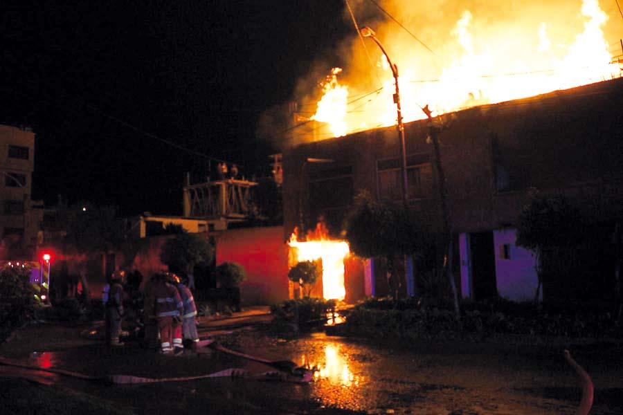 Incendio distrito de El Porvenir, provincia de Trujillo