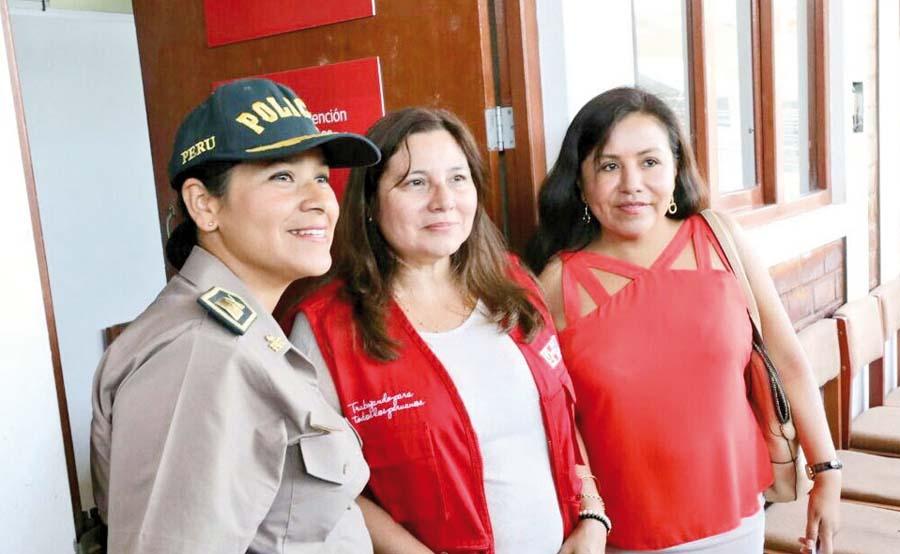 Ministra de la Mujer, Ana María Mendieta