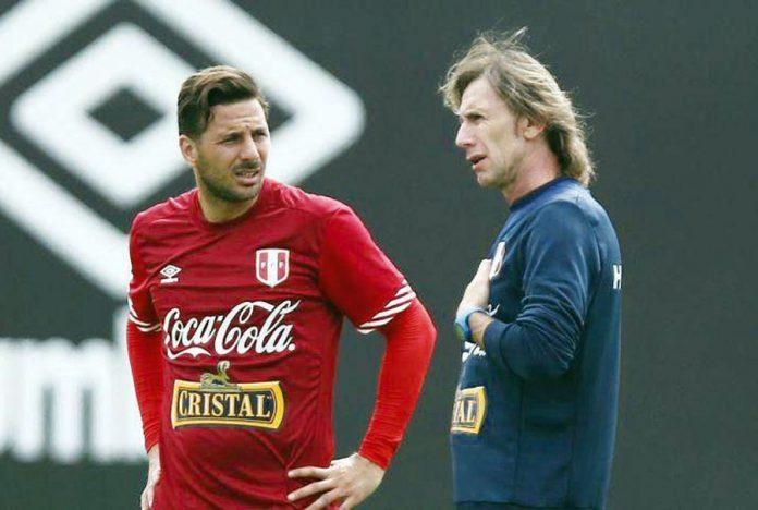 Ricardo Gareca y Claudio Pizarro