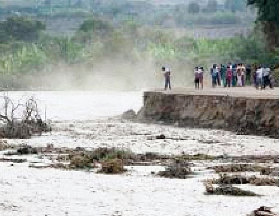 Desborde del Rio Mala