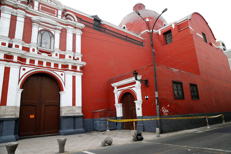Iglesia Santa Ana de Barrios Altos