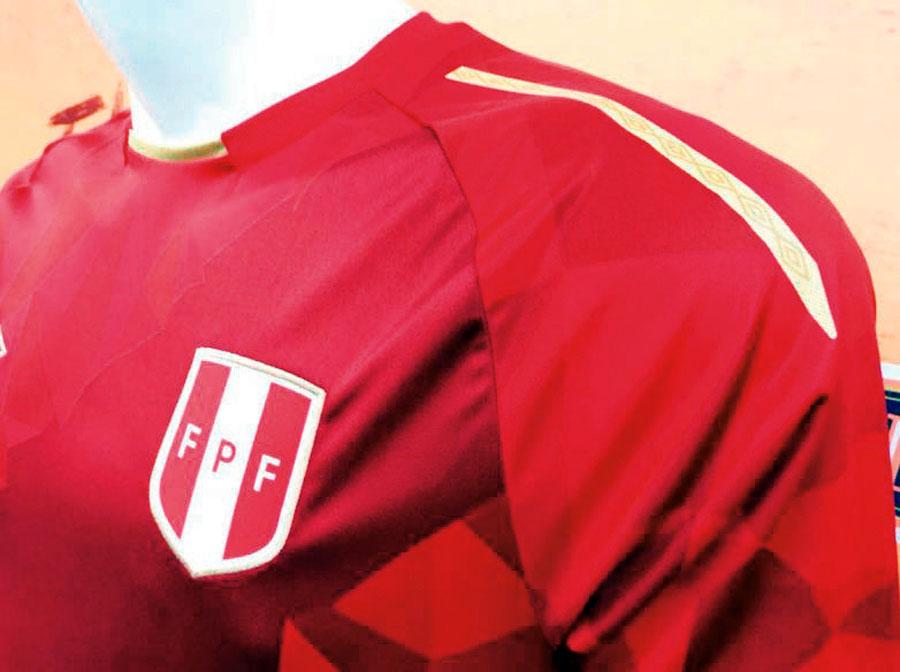 Camiseta con sangre peruana