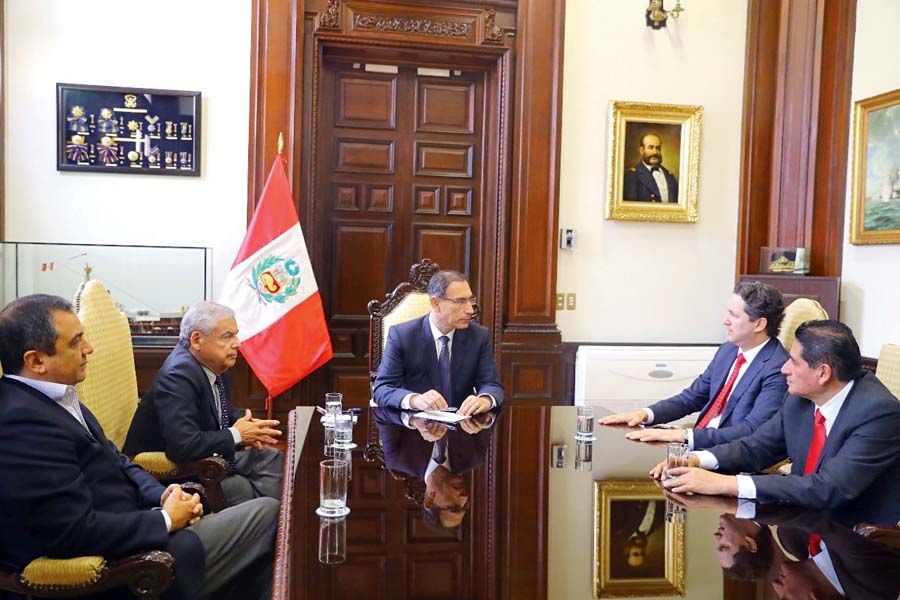 Runión cumbre entre elpresidente del Congreso, Daniel Salaverry, y el mandatario Martín Vizcarra