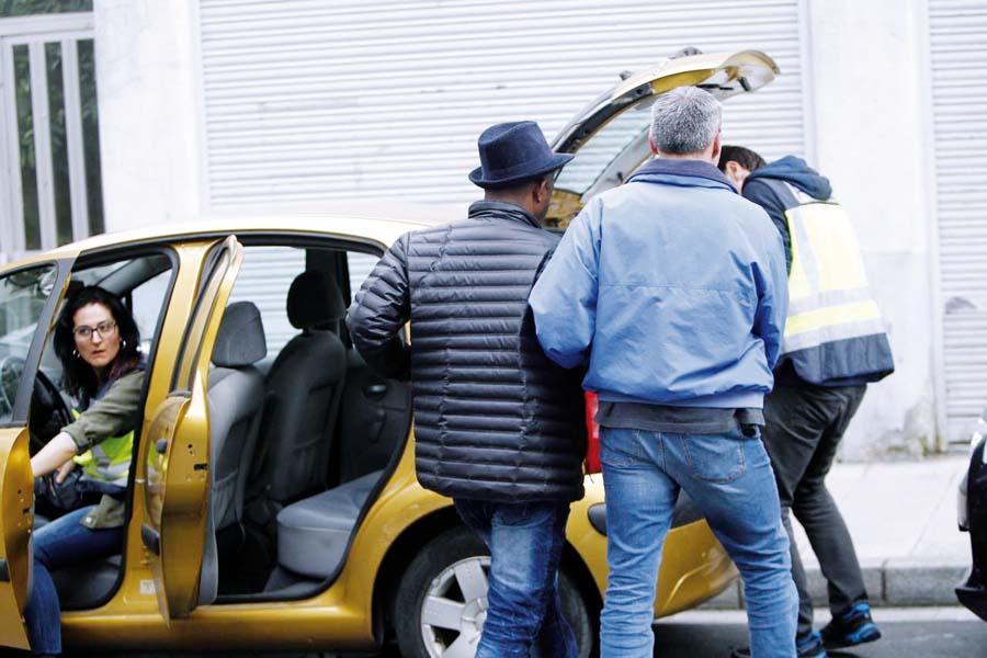 Trece peruanos detenidos en España