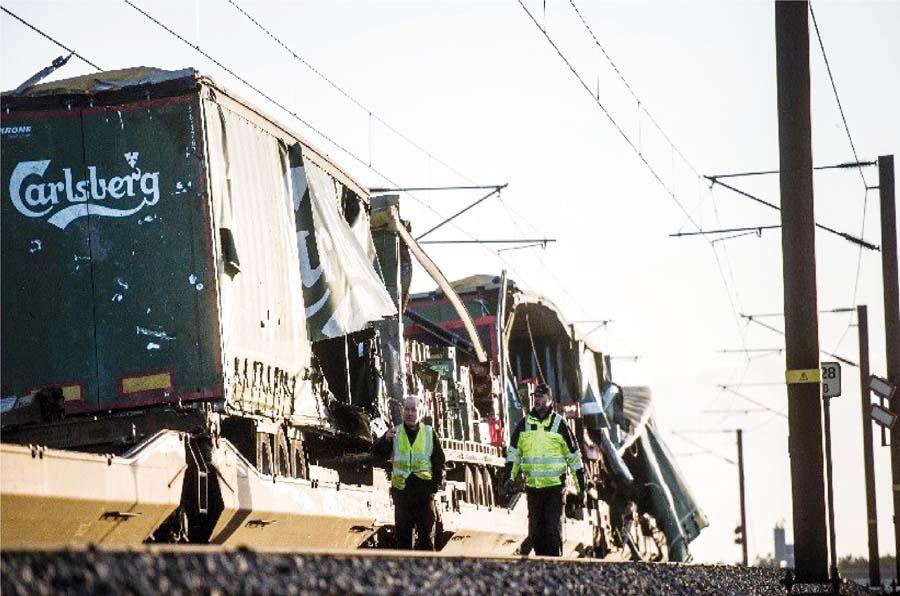 6 muertos en fatal choque de trenes