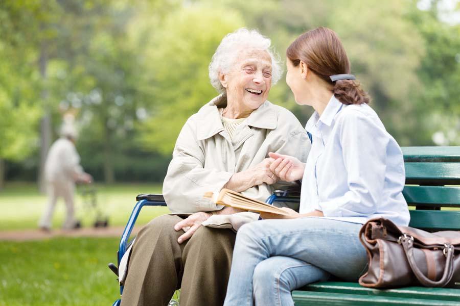 Compañia al adulto mayor