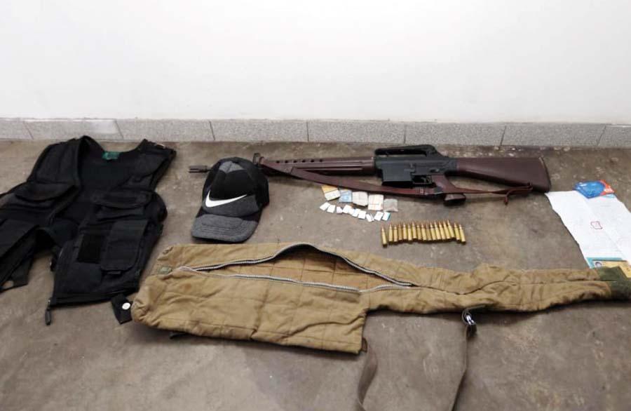 Con armas de guerra caen venezolanos