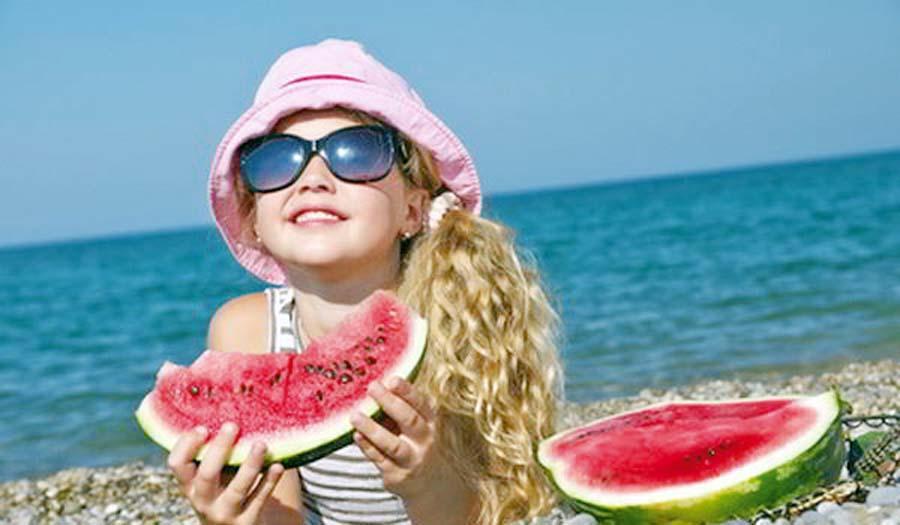 Frutas en la playa