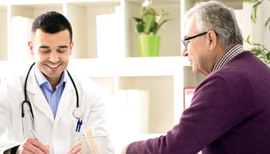 Medico adulto mayor