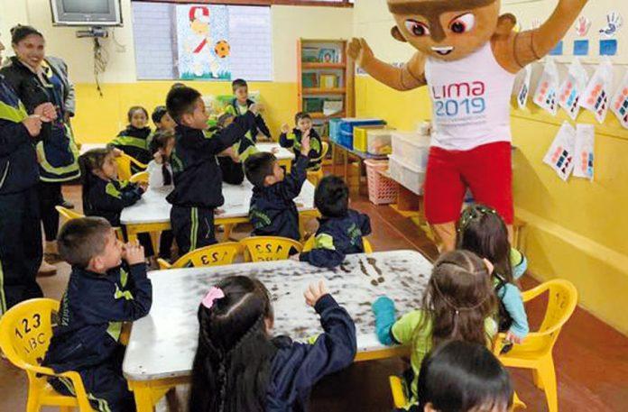 Niños del Inabif disfrutaron visita de mascota de Panamericanos