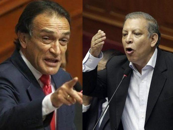 Congresistas Becerril y Arana se insultan en Comisión Permanente