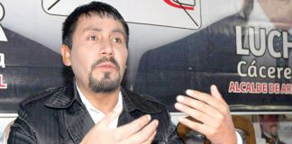 Elmer Cáceres, gobernador de Arequipa