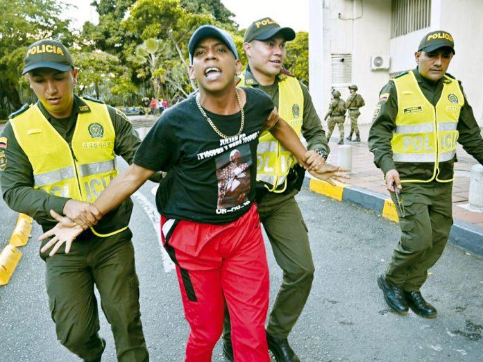 Colombia expulsa 59 venezolanos