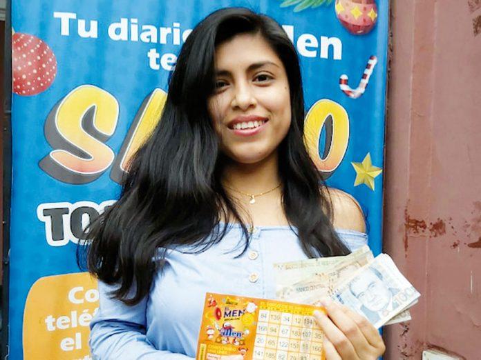 Ingrid Marleny Estrada Quispe se hizo acreedora de S/.200 de El Bingo Regalon