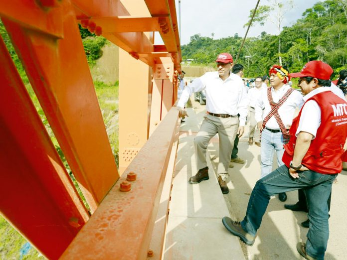 Presidente Martín Vizcarra al inaugurar la carretera Tingo - Estación de Embarque Teleférico de Kuelap