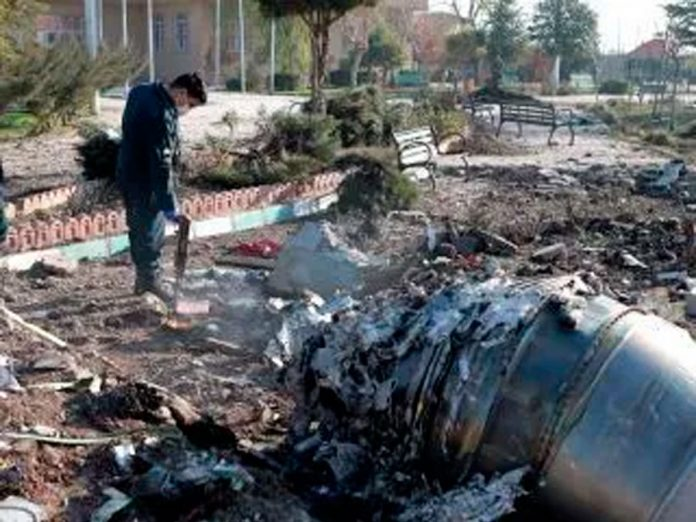 Avión de Ucrania se estrella en Irán