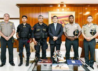 Reconocen a cuatro policías por sus acciones destacadas