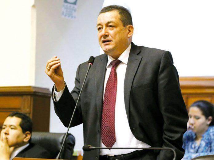 Rolando Reátegui