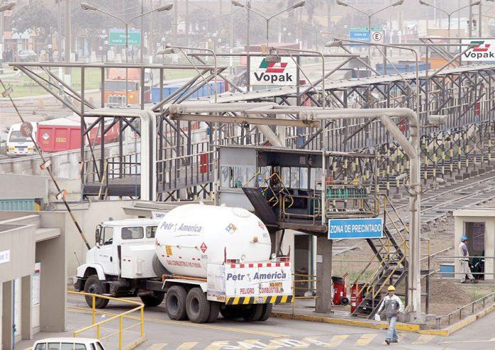 Camiones cisterna y contenedores de gas licuado de petróleo