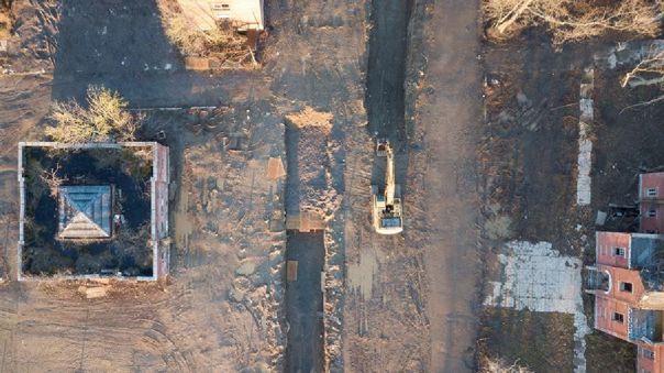 Nueva York realiza entierros en fosas comunes