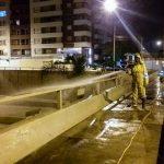 Desinfeccion de puentes peatonales de Paseo de la República