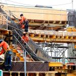La minería e industria, construcción, turismo y restaurantes, y comercio reanudarán actividades