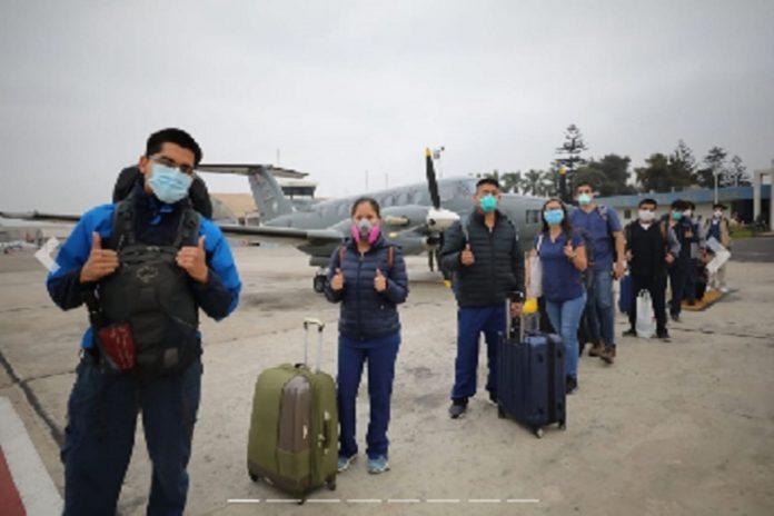 Médicos y enfermeras viajan a Ucayali para luchar contra coronavirus