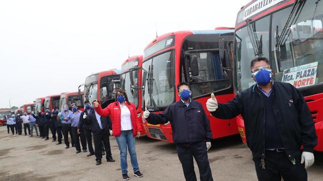 ATU entrega mascarillas a conductores de transporte público