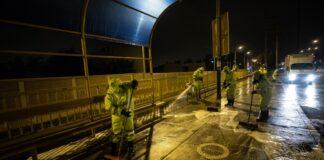 Desinfectan puentes y paraderos de Av. Circunvalación